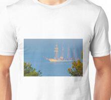 veleiro na barra. dawn in Lisbon Unisex T-Shirt