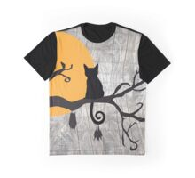 Halloween Friends Graphic T-Shirt