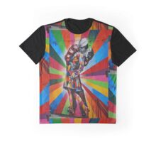 Famous Kiss Graphic T-Shirt