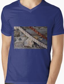 Stone texture with rope and steel chain Mens V-Neck T-Shirt