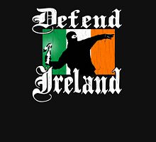 Defend Ireland (Vintage Distressed Design) Unisex T-Shirt