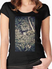 Hidden garden Women's Fitted Scoop T-Shirt