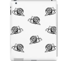 Black and white Snails Pattern on white Background iPad Case/Skin