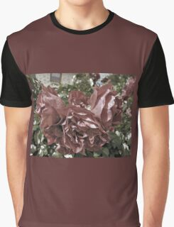Grungy Roses Graphic T-Shirt