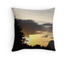 shadow sunset Throw Pillow