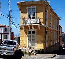 valparaiso corner house by andalaimaging