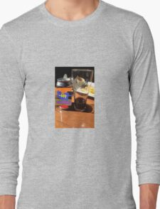 Lunch at the pub Long Sleeve T-Shirt