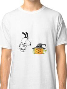 snoopy halloween Classic T-Shirt