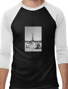 Eiffel Tower. Paris. Guys Playing ® Men's Baseball ¾ T-Shirt