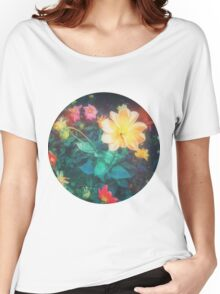 VINTAGE FLOWERS Women's Relaxed Fit T-Shirt
