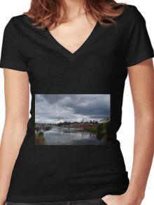 Exeter Canal, Devon UK Women's Fitted V-Neck T-Shirt