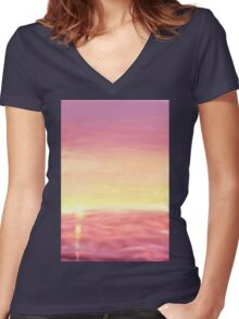 sun water Women's Fitted V-Neck T-Shirt
