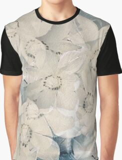 Winter Magnolia Graphic T-Shirt