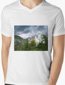 Neuschwanstein Castle - Bayerische Schlösserverwaltung Mens V-Neck T-Shirt