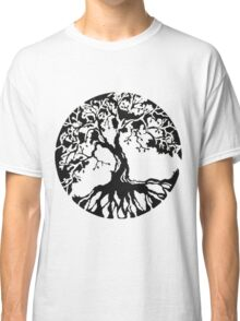 tree_roots_circle Classic T-Shirt