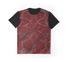 Chainlinked Graphic T-Shirt
