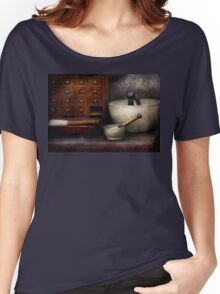 Apothecary - Pestle & Drawers Women's Relaxed Fit T-Shirt