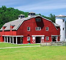 Red Barn in the Hills by RickDavis