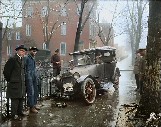 Auto Wreck in Washington DC, 1921. Colorized by Sanna Dullaway