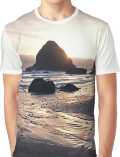 Pacific Coast Sunset in Oregon Graphic T-Shirt