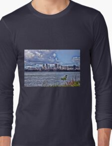 Montreal skyline Long Sleeve T-Shirt