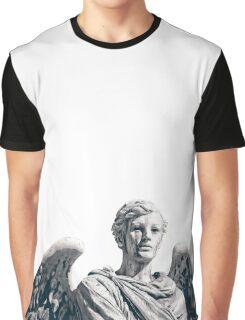 Anjo do Cemiterio (Wider) Graphic T-Shirt