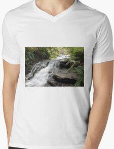 Leura Cascades Mens V-Neck T-Shirt