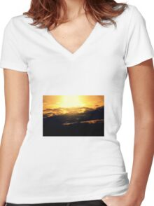 The Summer sun Women's Fitted V-Neck T-Shirt