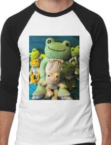 pickles frog family Men's Baseball ¾ T-Shirt