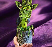 Giraffy on Silk by GolemAura