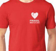 Frágil Corazón  Unisex T-Shirt