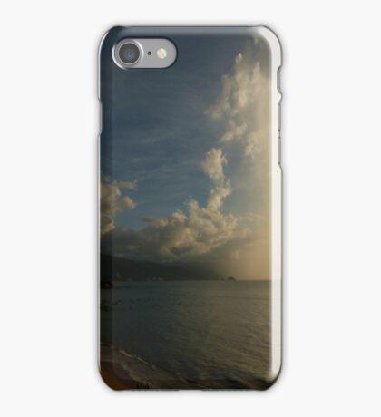 nubes iPhone Case/Skin