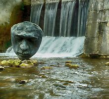 Listen to the Water by Paraplu Photography