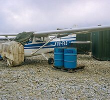 Damaged Cessna Skyhawk VP-FAS at RAF Stanley by Colin Smedley