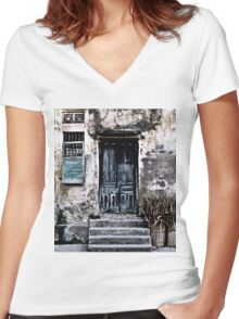 VIETNAMESE FACADE Women's Fitted V-Neck T-Shirt