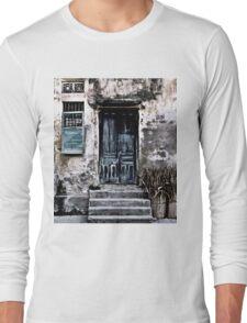 VIETNAMESE FACADE Long Sleeve T-Shirt
