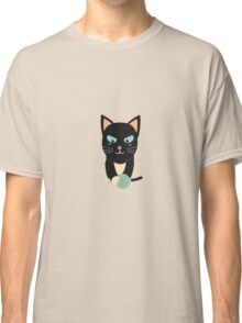 Cat with Ball of Wool Classic T-Shirt