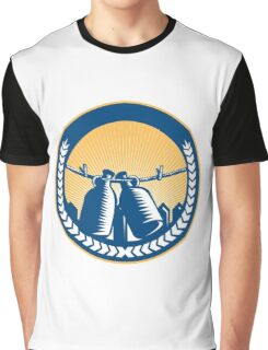 Growler Hanging Clothesline Fence Circle Woodcut Graphic T-Shirt