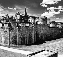 Tower of London by flashcompact