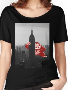 Donkey kong, NY Empire State building Women's Relaxed Fit T-Shirt