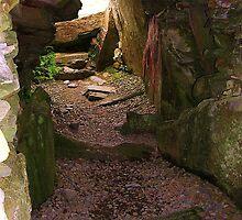 Cairn Interior, Kilmartin by lezvee