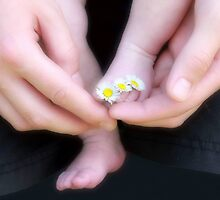 Tiny toe rings by missmoneypenny