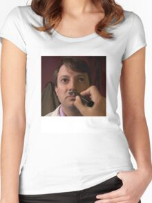 PEEP SHOW DAVID MITCHELL CHAIRMAN MARK HITLER Women's Fitted Scoop T-Shirt