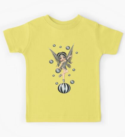 Enchanting Fae .. the black bubble fairy Kids Tee