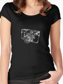 Vintage Rangefinder Camera Line Design - White Ink for Dark Background Women's Fitted Scoop T-Shirt