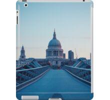 St Pauls at Dawn iPad Case/Skin