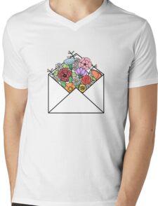 HIPSTER LOVE / FLOWERS LETTER Mens V-Neck T-Shirt