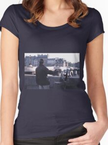 Paris Painter Inspiration Magritte Women's Fitted Scoop T-Shirt