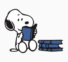 Snoopy reading a book Kids Tee