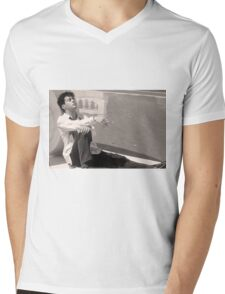 Robert Downey Jr.  // Less Than Zero Mens V-Neck T-Shirt